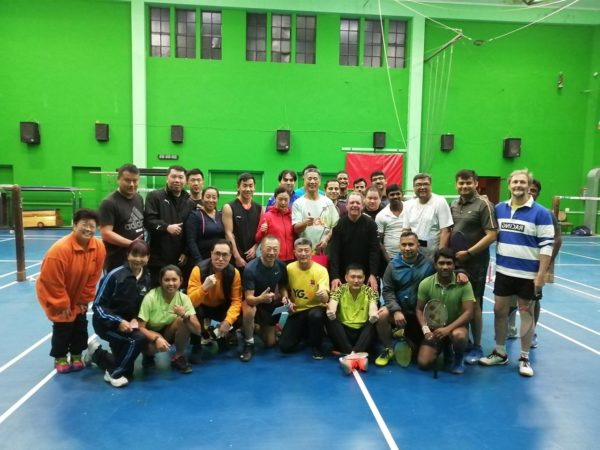 1988 badminton World Champion Xiong Guobao visits the Wanderers badminton section