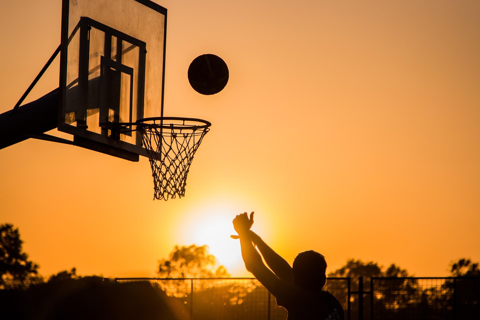 wanderers club Basketball 3